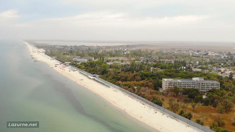 Відпочинок на морі в Україні Лазурне Херсонська область Фото